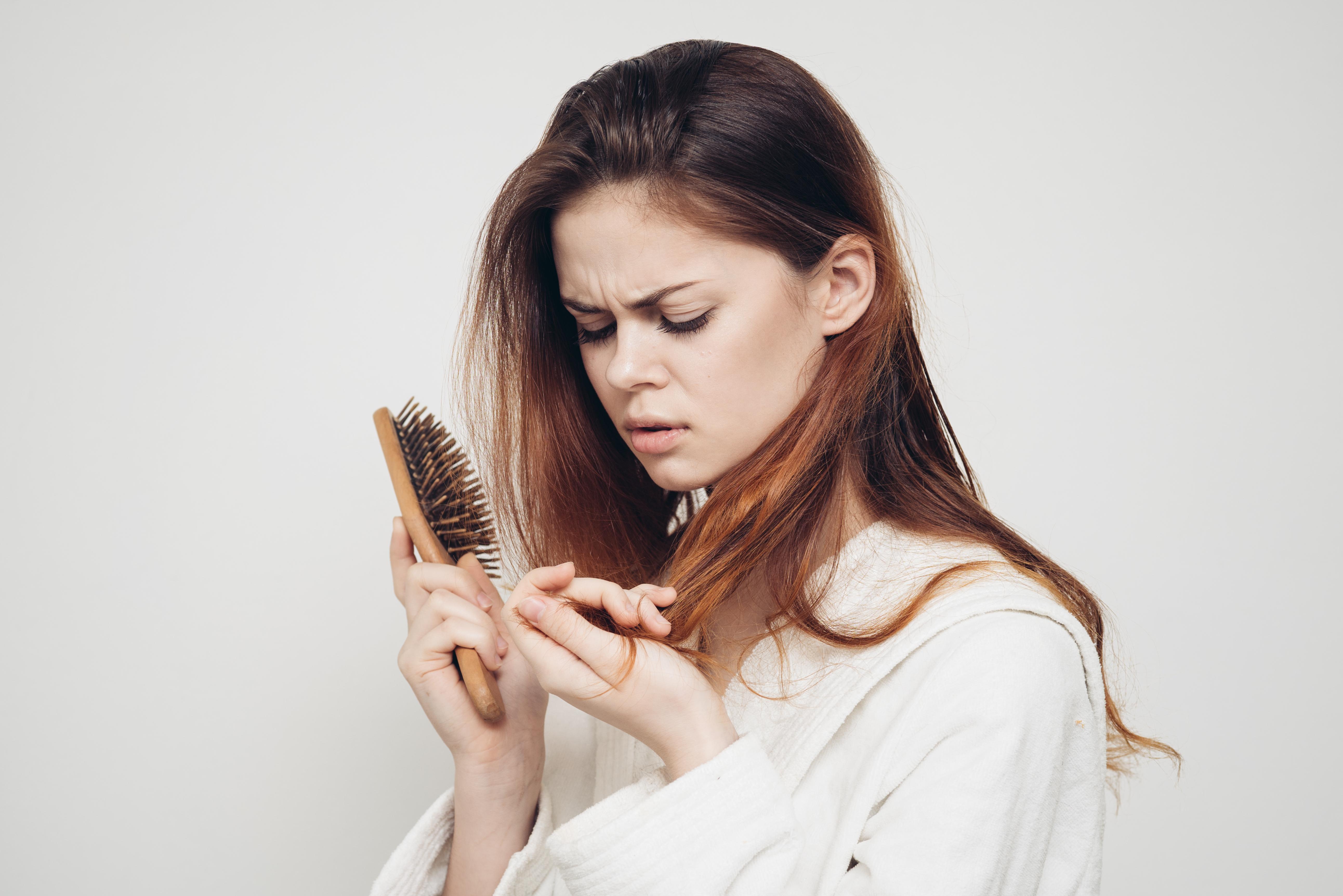 как справиться с выпадением волос и с проблемами кожи