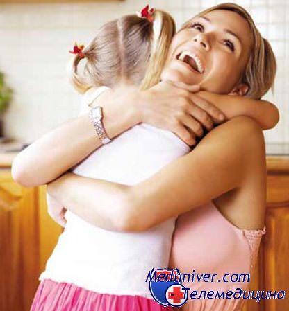Секс между мамой и дочерью