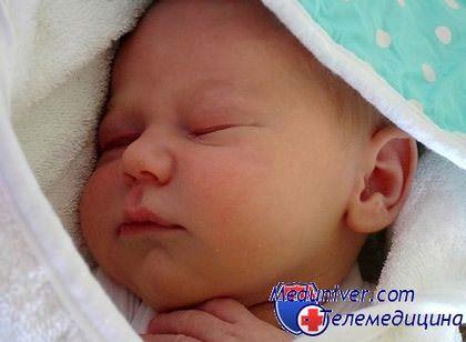 У ребенка глаза бегают во сне thumbnail